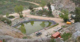 Το  παλαιό  λατομείο  της  Vallensana  στην  περιοχή  της Μπανταλόνα;Η περιβαλλοντική  αποκατάσταση  του   φυσικού  πάρκου Cap  de  Creus περιλαμβάνει την  κατεδάφιση  και  την απομάκρυνση  όλων  των  οικημάτων